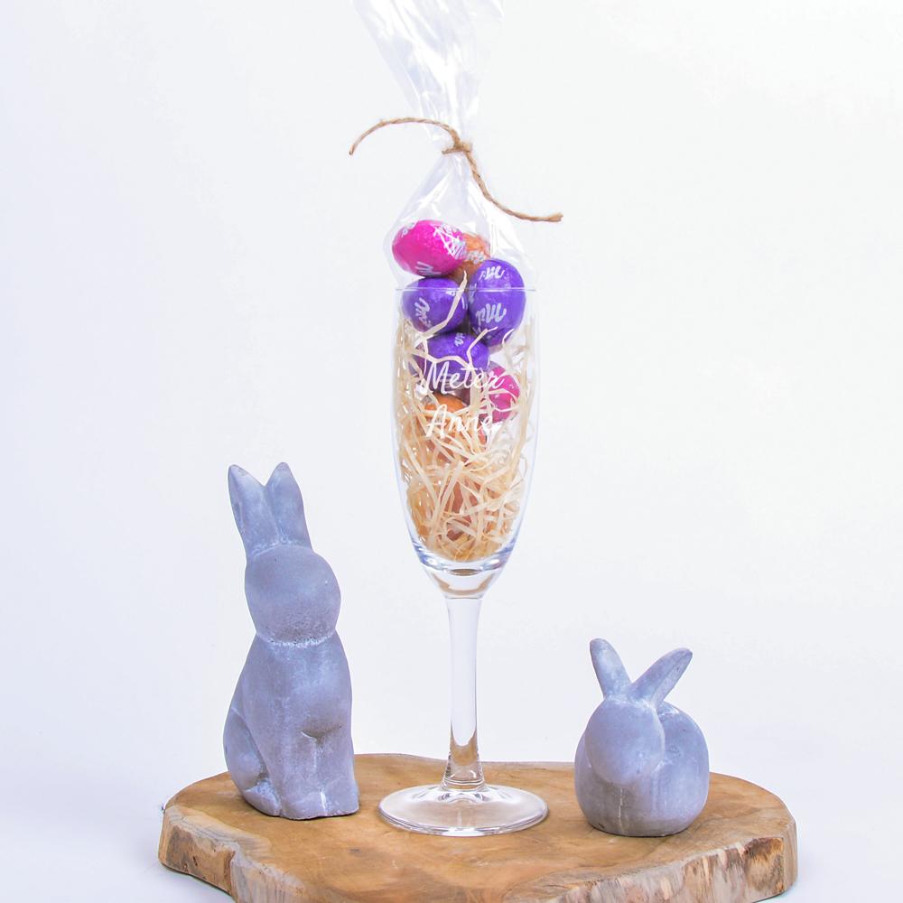 Gepersonaliseerd champagneglasPasen - Incl. Milka paaseitjes