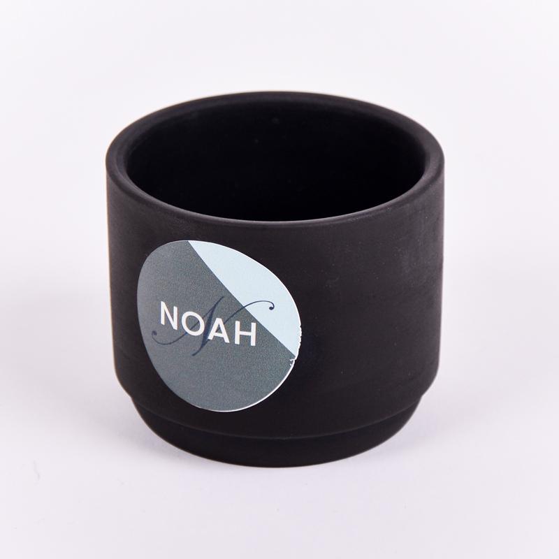 Stenen potje met sticker Noah