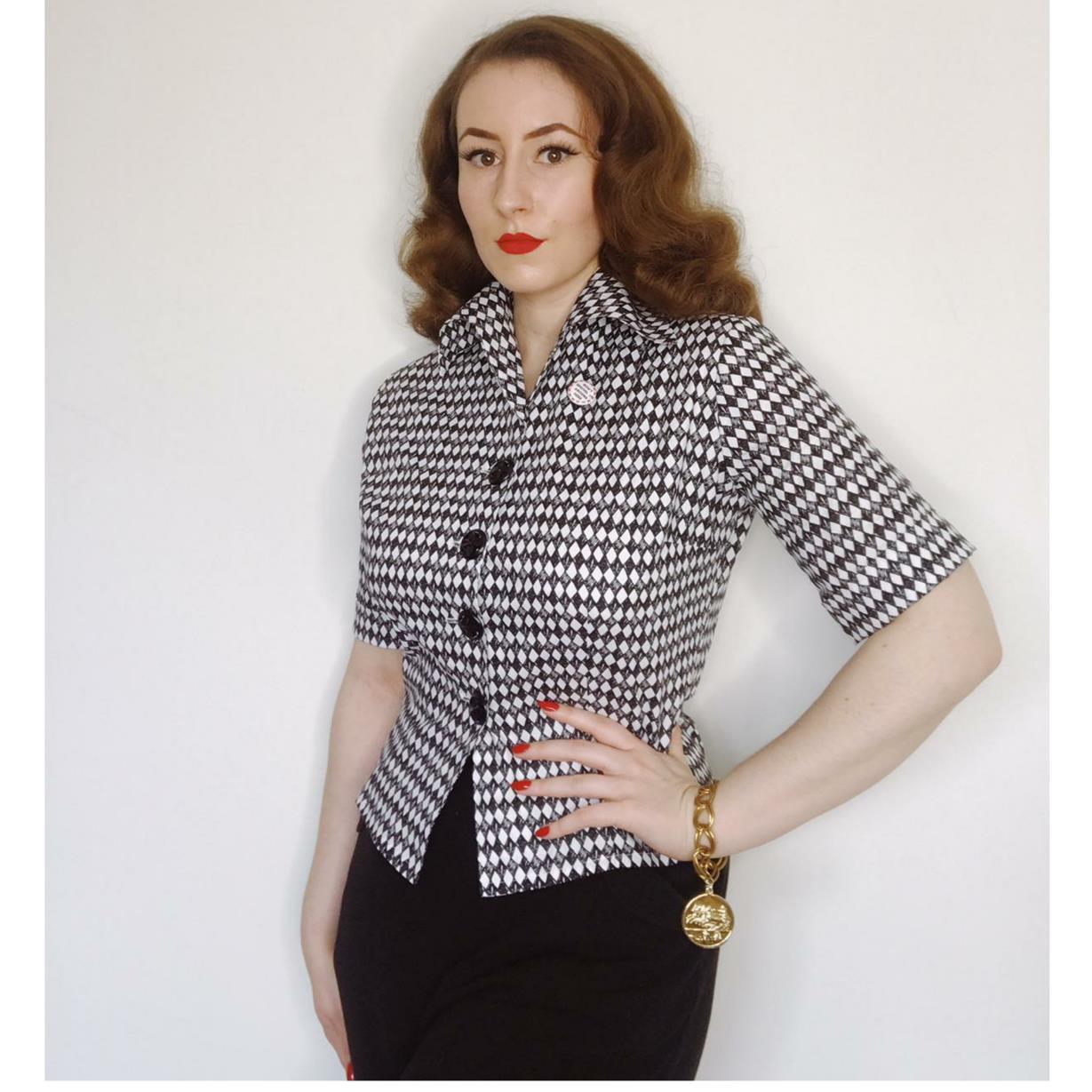 1950s-t-shirt-black-diamond-3