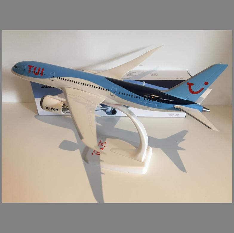 TUI fly Belgium B787 Dreamliner