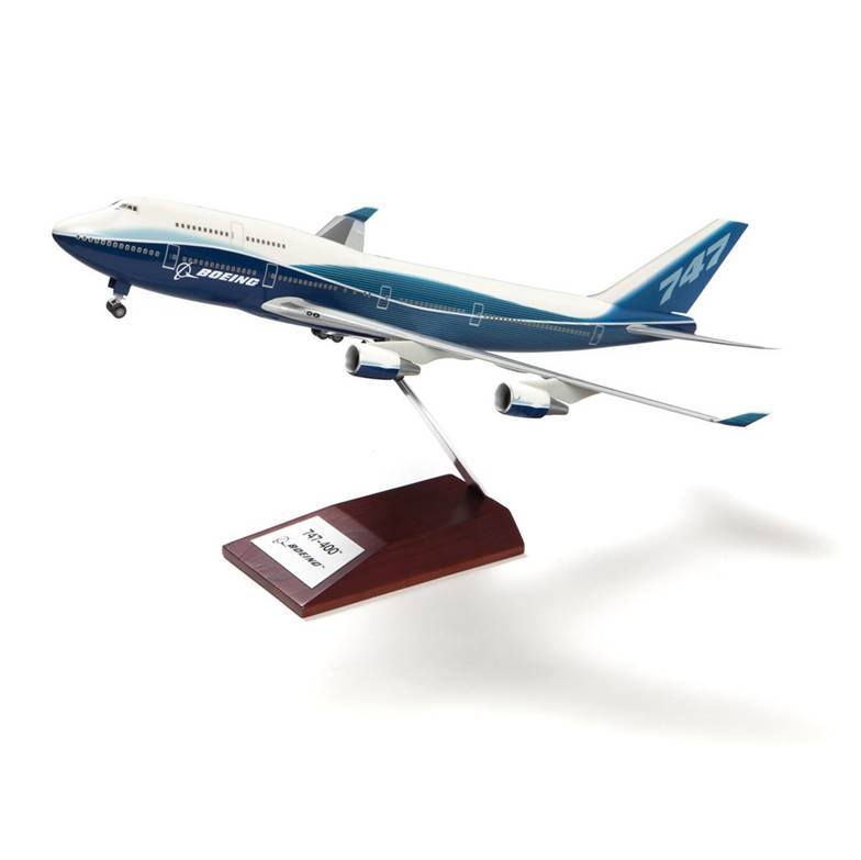 Boeing 747-400 Scale Model plastic 1-200