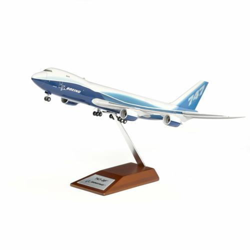 Boeing 747-8 Freighter Plastic 1200 Model