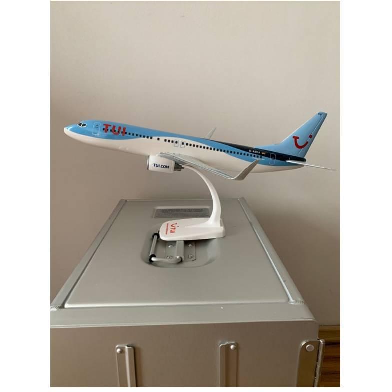 TUI fly Boeing 737-800 D-ABKA snapfit 1-100 3