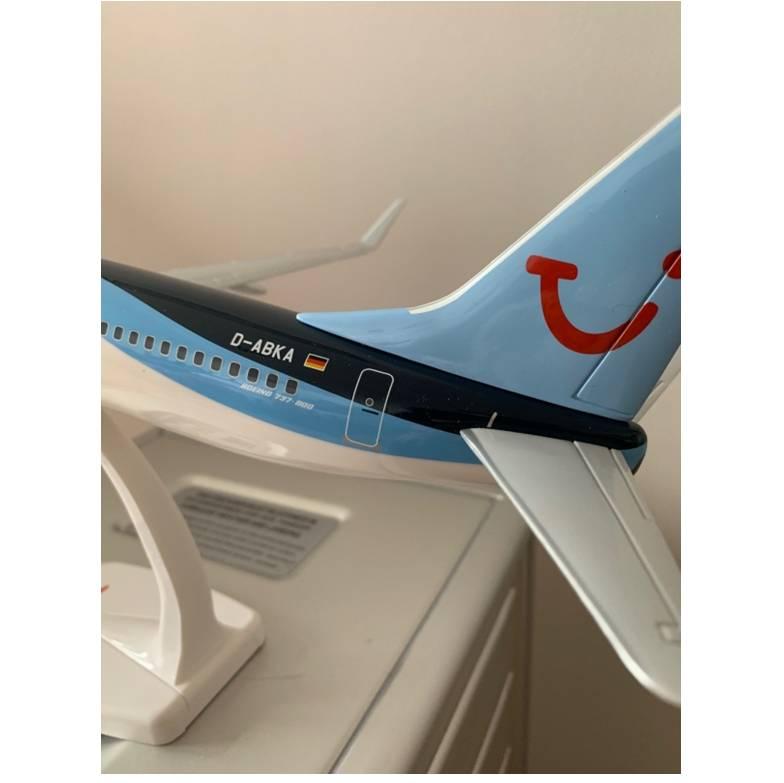 TUI fly Boeing 737-800 D-ABKA snapfit 1-100 4