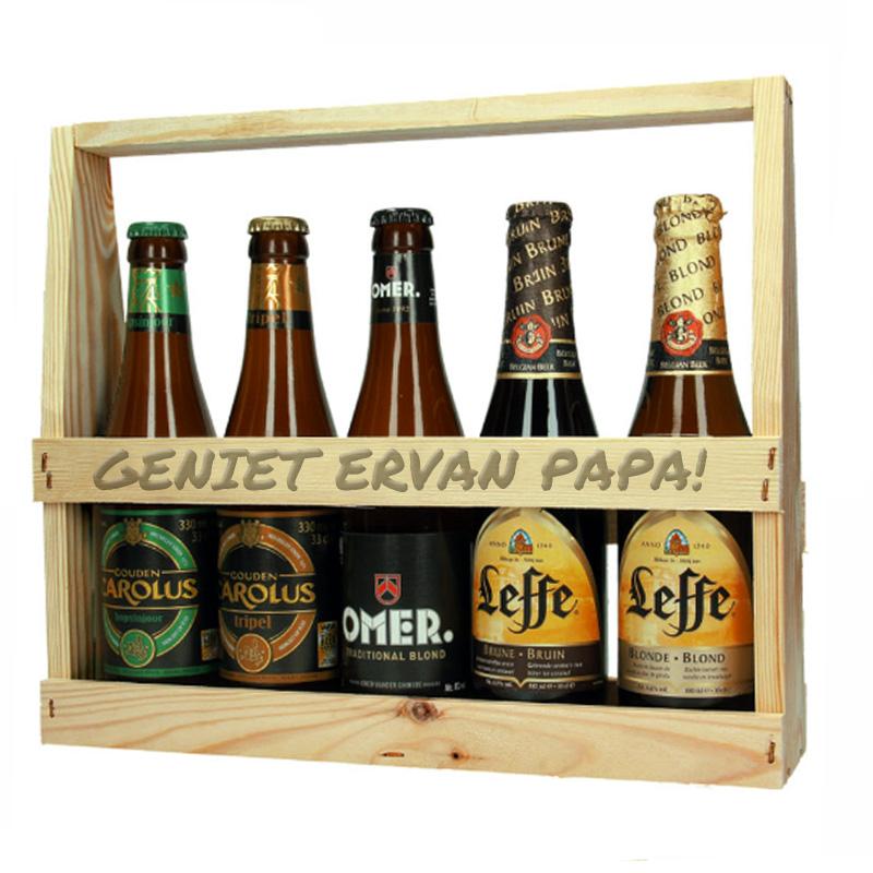 Houten flessenhouder met tekst incl bierflesjes (hoog)